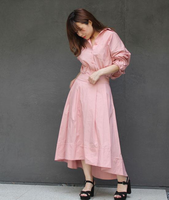 シャツ&スカートのセットアップスタイル