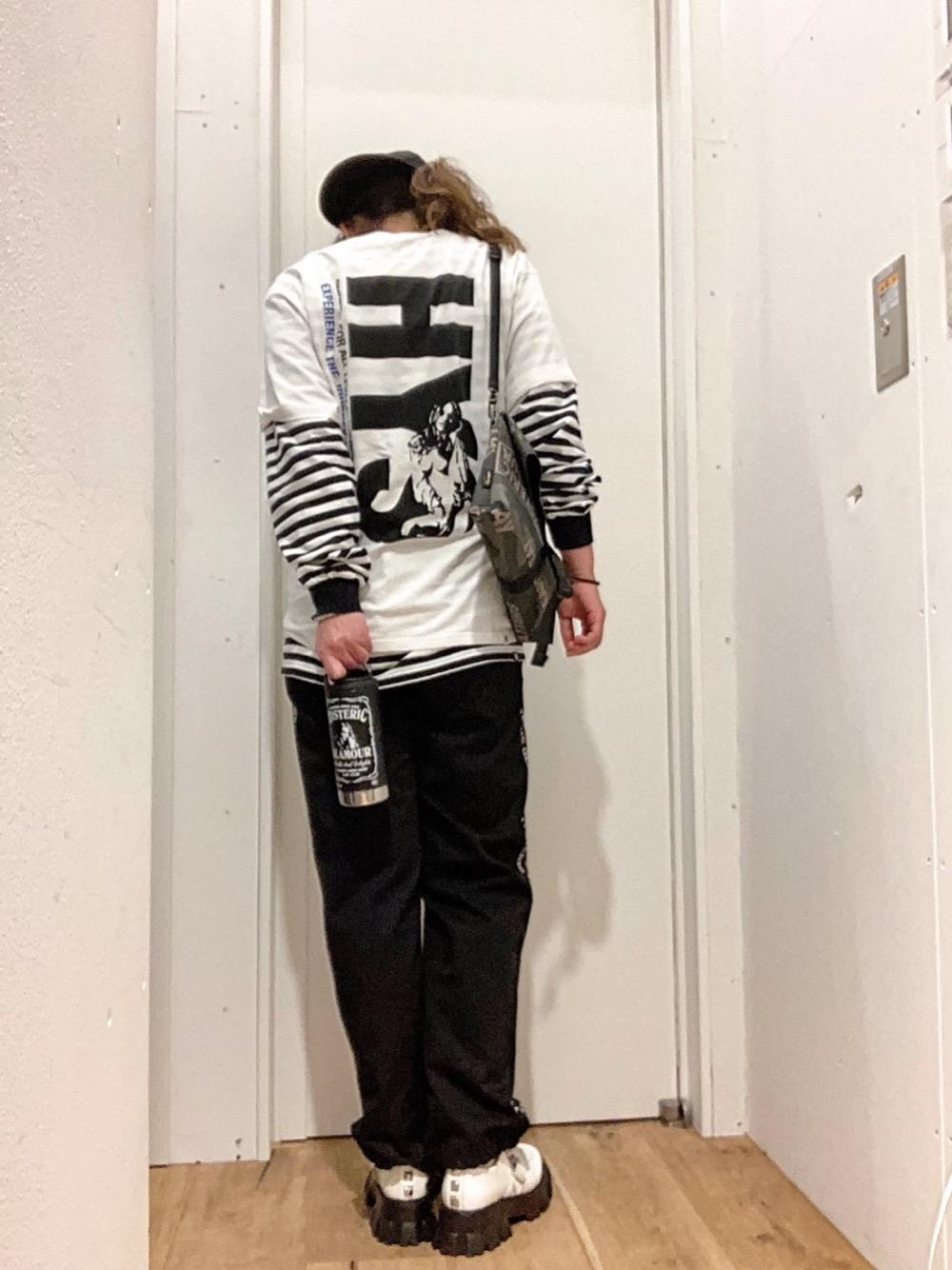Tシャツ、背面、、1等賞候補!!w