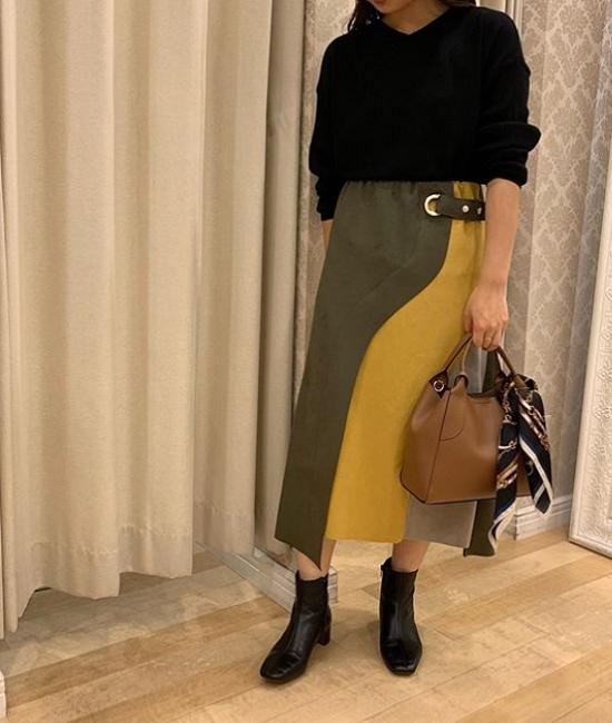 アイレットデザインマルチカラースカート