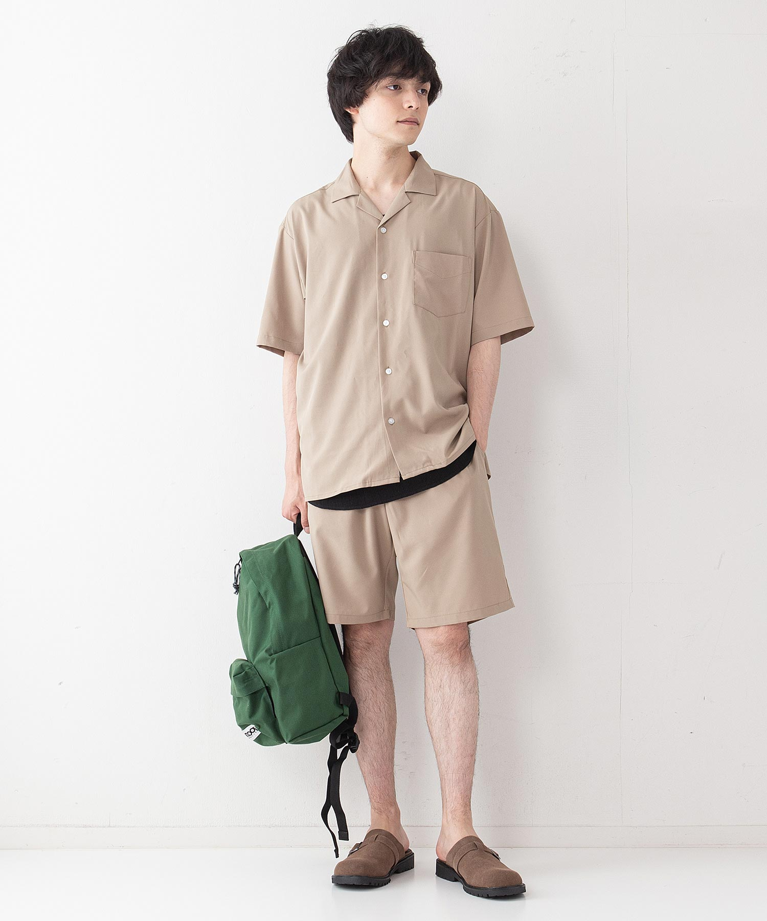OUTDOOR PRODUCTS APPAREL 防シワポンチロゴプルパーカー