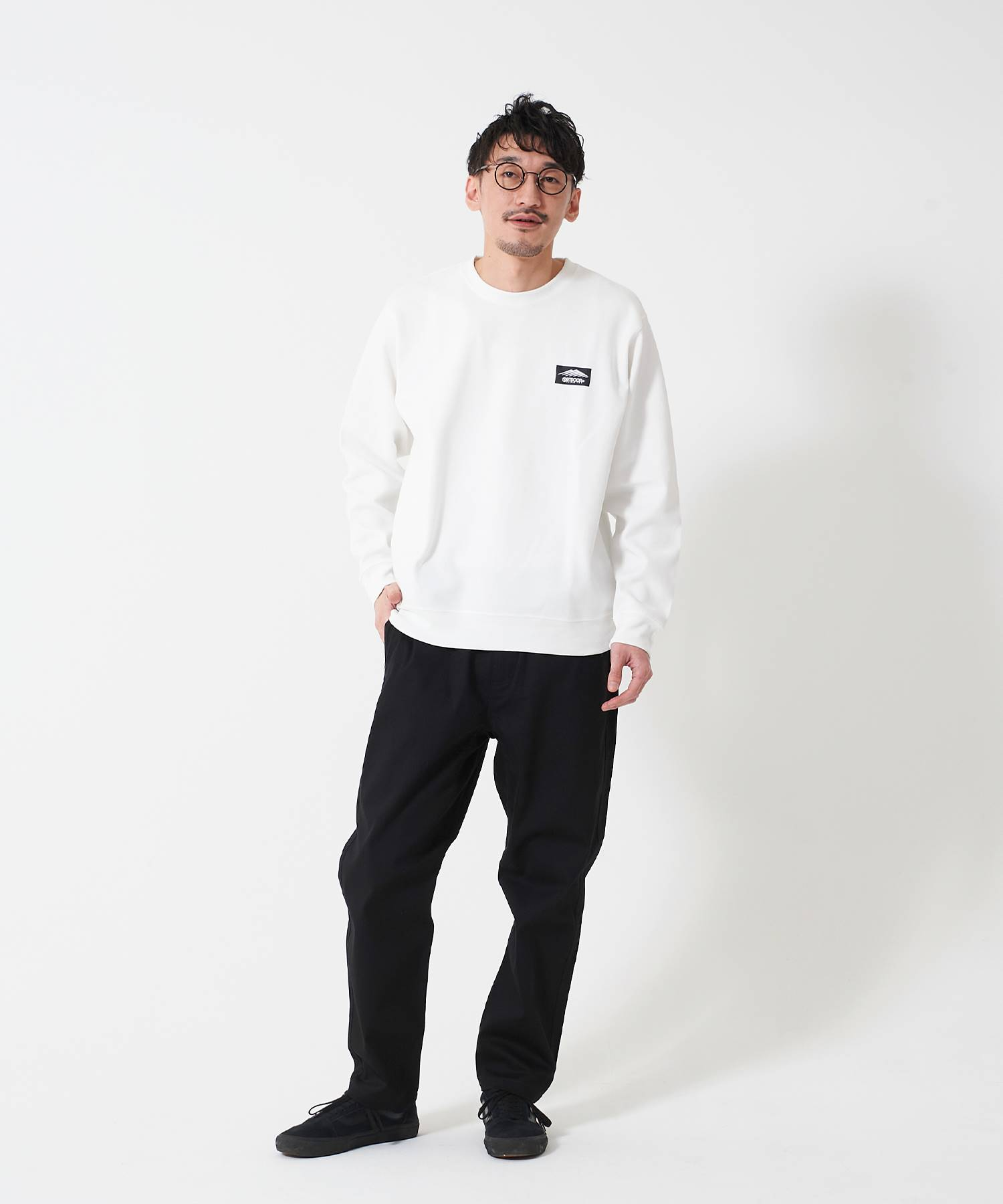 OUTDOOR PRODUCTS APPAREL CAMPモチーフプルパーカー