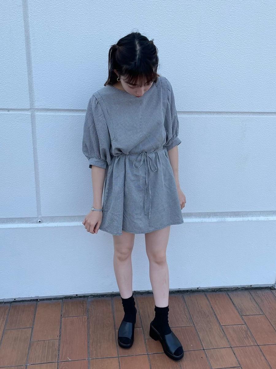 韓国ファッション風ワンピース