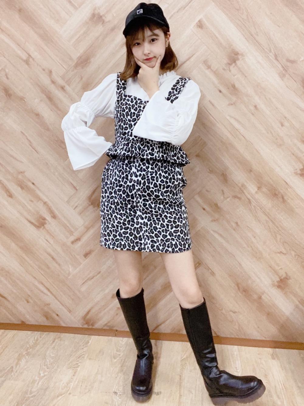 韓国アイドル風柄コーデ