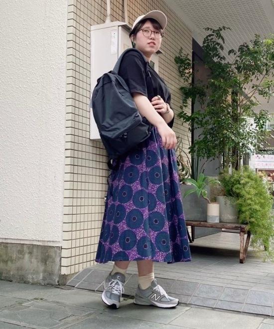 NEWBALANCE×柄スカート