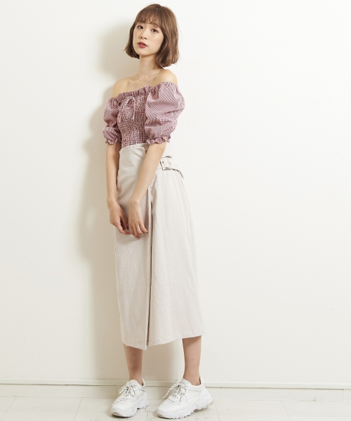 サイドベルトラップスカート